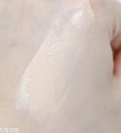 阿玛尼权力粉底液最白色号是哪个 阿玛尼权力粉底液测评