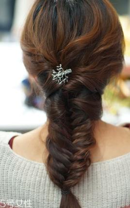 头发少适合什么编发 发量少编发教程一步一步教