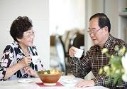 老人吃完饭之后怎么办 教你四招养生方法