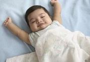 新生儿睡觉总是哼哼唧唧怎么办