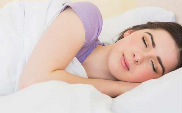 月经变季经怎么办? 足疗调理多囊性卵巢