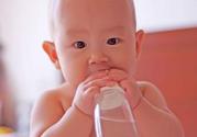 怎样科学有效的预防宝宝奶瓶齿