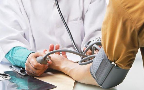 保护血管提升手脚温度 握拳快走可改善