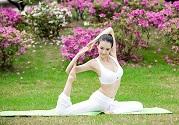瑜伽保健能有效缓解小腿酸胀疼痛