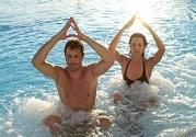 改善情绪、助胎教的双人瑜伽4种好