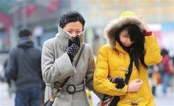 寒潮黄色预警发布孕妇注意身体保暖.jpg
