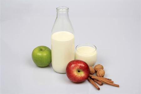 喉咙疼痛是怎么回事?吃什么好的最快?