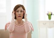 偏头痛不能吃什么食物 缓解偏头痛的方法