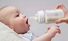 宝宝一直喝奶正常吗.png
