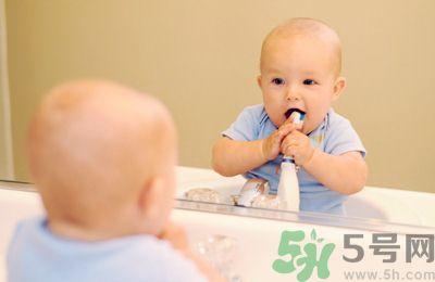 如何预防宝宝龋齿有什么方法.jpg