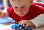 如何促进宝宝的智力发展及肢体协调