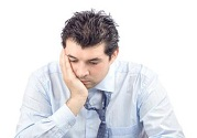 腰部疼痛的原因 5招预防尿管卡结石