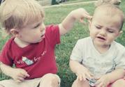 1岁半的宝宝爱打人怎么办如何正确引导