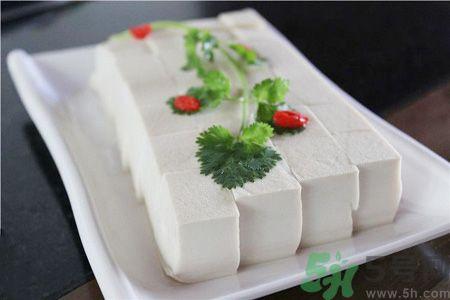白豆腐和党参可以一起炖肉吃吗?白豆腐党参混合吃相克吗