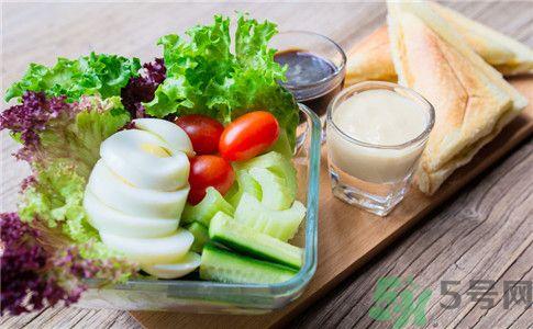 吃什么食物容易得肾结石?肾结石不能吃什么?