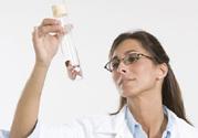 做试管婴儿前女性需要哪些检查?做试管婴儿过程中需要注意些什么?