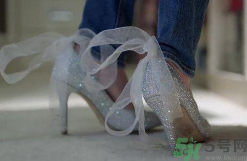 男生送女生鞋意味什么