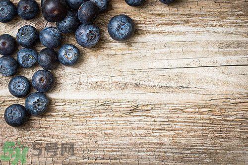 蓝莓皮能够吃吗?吃蓝莓要吐皮吗