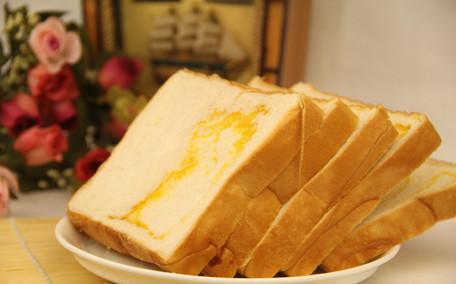 生麦片和熟麦片哪个好 生麦片和熟麦片的区别