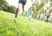跳绳减肥快还是跑步减肥快?跳绳减肥最佳时间是什么时候?