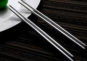 用不锈钢筷子吃饭好不好?不锈钢筷子