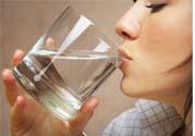 喝水能预防心血管疾病吗?什么时候喝水对身体最好?