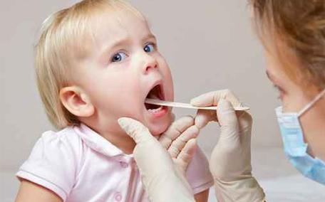 喉咙总感觉有东西堵着怎么回事 医师教5招护喉