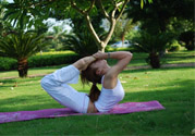 瑜伽前吃饭好还是后吃饭好?瑜伽多久
