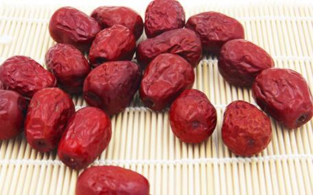 骏枣和灰枣有何不同 你能区分这些红枣吗