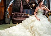 十一月拍婚纱照好吗?十一月拍婚纱照去哪好穿什么衣服?