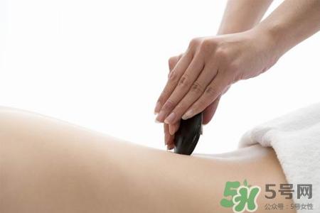 背部刮痧能减肥吗??背部刮痧的有什么好处?