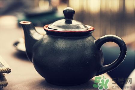 白茶加蜂蜜的功效与作用图片