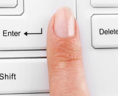 手指甲凹凸不平是怎么回事?如何预防手指甲凹凸不平?