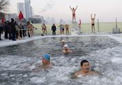 冬泳会得风湿吗?风湿病人能冬泳吗?