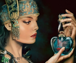 香水保存时间图片