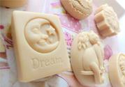 怎么用母乳做香皂?母乳香皂的制作方法