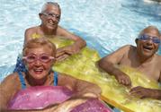 腰间盘突出可以游泳吗?游泳能治疗腰