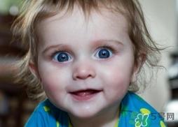 新生儿宝宝眼睛能看到多远