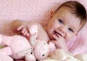 新生儿头发油油的是怎么回事?新生儿头发很油怎么办?