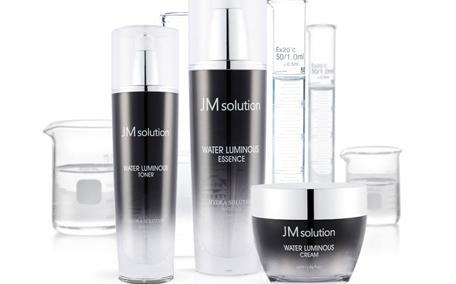 jm防晒喷雾保质期怎么看 jm珍珠防晒喷雾适合什么肤质
