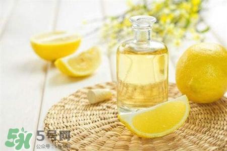 印度柠檬精油怎么用_印度柠檬精油怎么用在脸上_喝柠檬精油