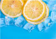 喝柠檬水有什么好处 喝柠檬水会变白吗