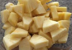 吃菠萝可以治疗便秘吗?吃菠萝对便秘好吗?