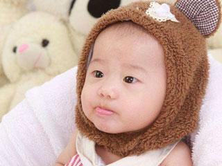 怎么判断宝宝冷热 如何判断宝宝冷热