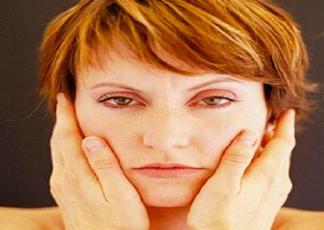 脸色发黄是什么原因?脸色发黄吃什么调理更好?