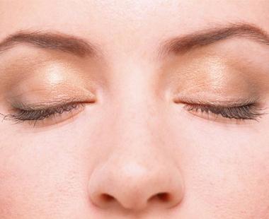 红眼病可以用盐水洗吗?红眼病用盐水洗有用吗?