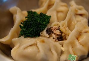 荠菜饺子可以放木耳吗?荠菜水饺能加木耳吗?