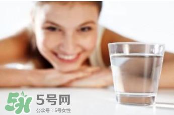 喝水会长胖吗?喝水会不会长胖