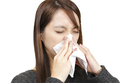 鼻子不停打喷嚏怎么办 解决方法是这样