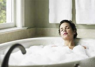 天天洗澡身上还痒是怎么回事?天天洗澡身上还痒怎么办?